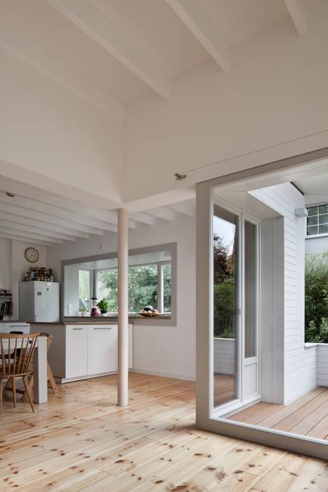 kitchen: modern Kitchen by brandt+simon architekten