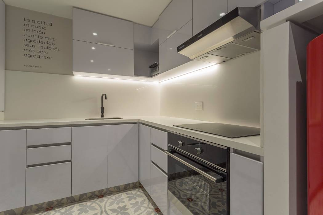 Apto Cll 62 - Cr 4 : Cocinas de estilo moderno por Bloque B Arquitectos