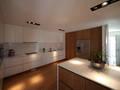 Casa em Guimarães: Cozinhas minimalistas por 3H _ Hugo Igrejas Arquitectos, Lda