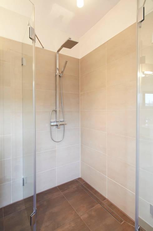 Sandstein Fliesen Badezimmer : Sandstein bäder