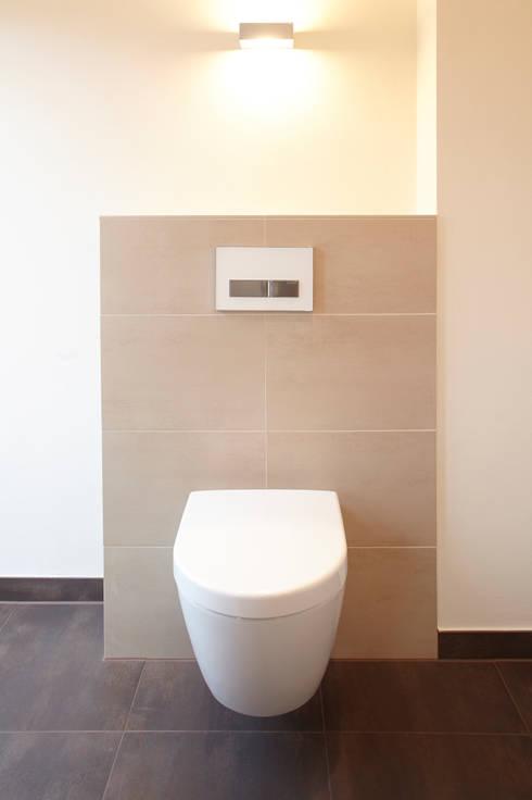 Bad Neu Fliesen Mietwohnung : Renovierung Einfamilienhaus Dortmund: moderne Badezimmer von ...