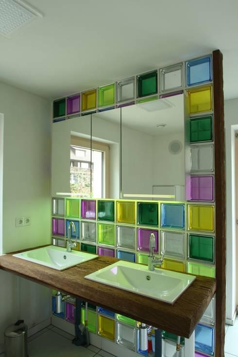 Glasbausteine - Wand aus glasbausteinen ...