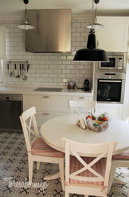 k chen mit vintage charme. Black Bedroom Furniture Sets. Home Design Ideas
