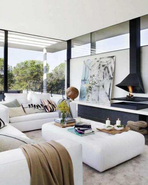 15 salas con chimeneas espectaculares for Salones con chimeneas electricas