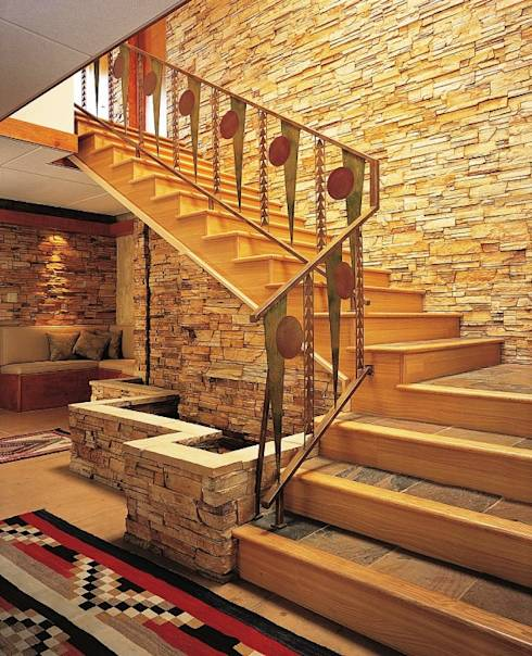 Projekty, translation missing: pl.style.korytarz-przedpokój-i-schody.srodziemnomorski Korytarz, przedpokój i schody zaprojektowane przez AKDENİZ TADİLAT DEKORASYON