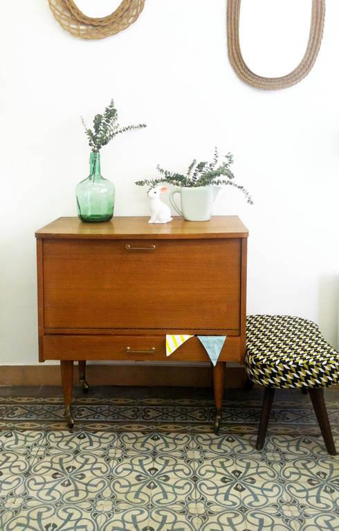 wohnen im stil der 50er jahre. Black Bedroom Furniture Sets. Home Design Ideas