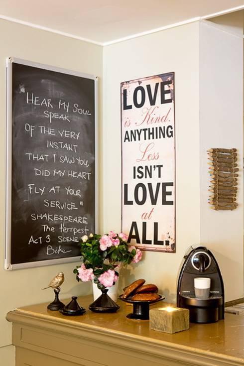 neue spr che braucht die wand bilder mit text. Black Bedroom Furniture Sets. Home Design Ideas