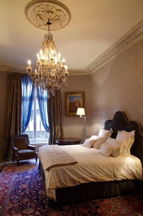 comment poser et cr er des moulures en pl tre soi m me. Black Bedroom Furniture Sets. Home Design Ideas
