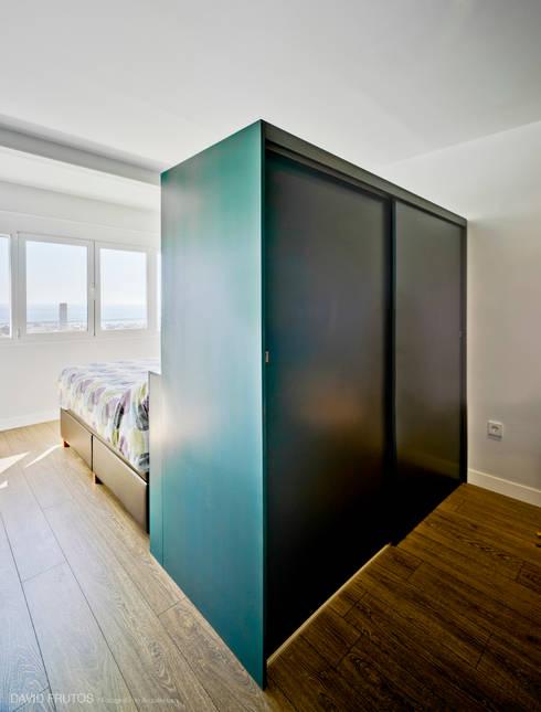23rd floor: Casas de estilo moderno de FLAP STUDIO