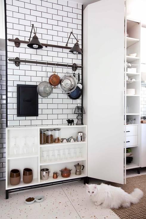 industrial Kitchen by HANDE KOKSAL INTERIORS