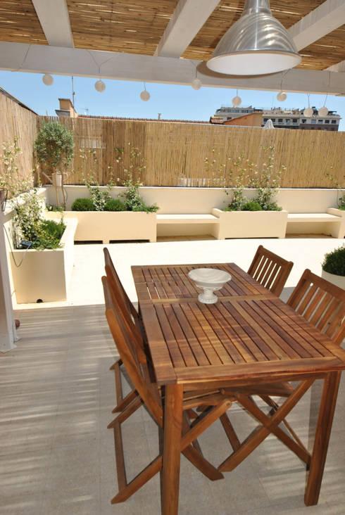 13 ideas de jardineras de concreto perfectas para patios for Jardineras de cemento