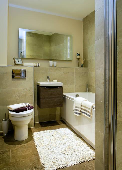 modern Bathroom by Lujansphotography