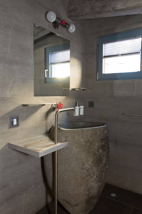 Come arredare una casa mescolando stili diversi - Bagno padronale ...