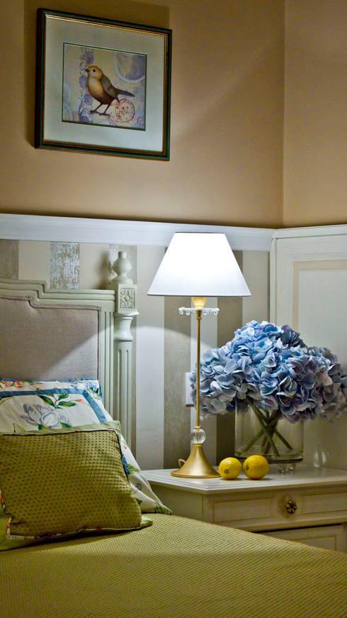 Come decorare casa con i fiori - Passione italiana camera da letto ...