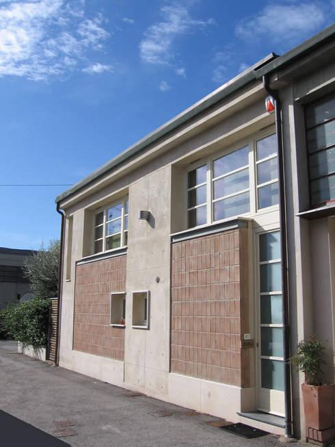 Voglia di loft un ex magazzino oggi casa for Casa in stile magazzino