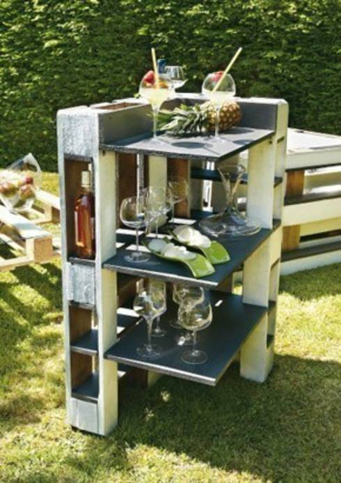 comment fabriquer ses meubles avec des palettes. Black Bedroom Furniture Sets. Home Design Ideas