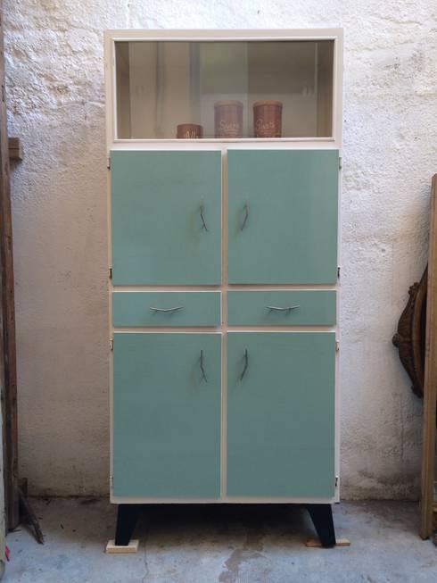 Muebles auxiliares de cocina funcionalidad con clase for Armarios de cocina antiguos