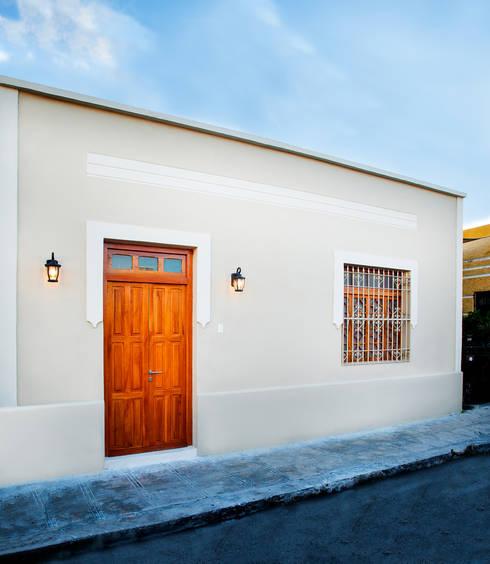 Casa FS55: Casas de estilo moderno por Taller Estilo Arquitectura