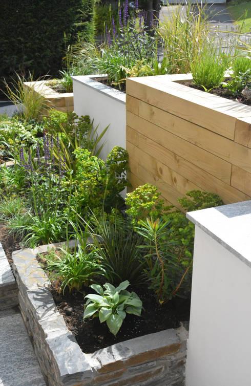 Jardineras Modernas. Jardinera Rectangular De Piedra Para Jardin ...