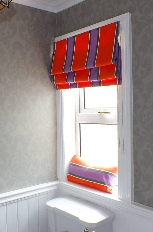 ROMAN BLIND: modern Bathroom by NEAT PLEAT