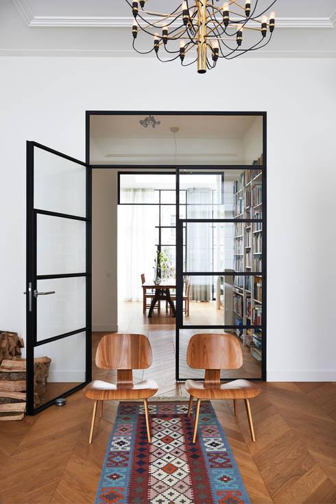 Van oubollig herenhuis naar eigentijdse woning for Interieur architectuur