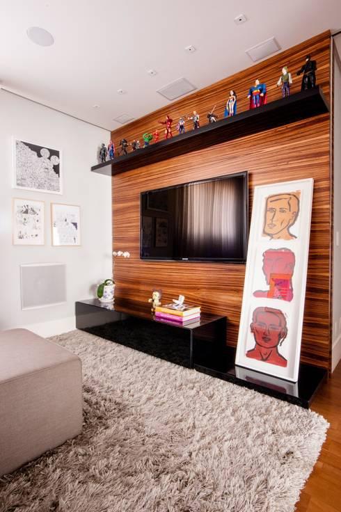 30 salas de tv pr ticas e perfeitas para casas pequenas for Salas chiquitas modernas