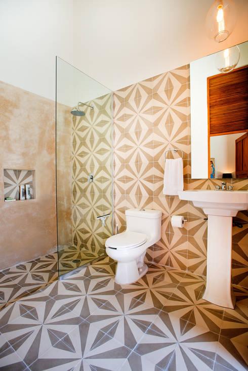Regadera De Baño Que Es:Casa GC55: Baños de estilo translation missing: mxstylebaños