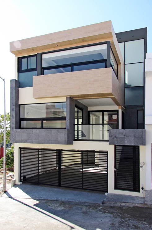 Una casa con estilo for Fachadas de casas estilo moderno