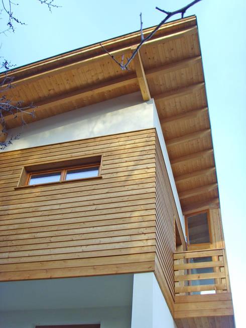 I buoni motivi per scegliere un tetto in legno for Tettoia inclinata del tetto