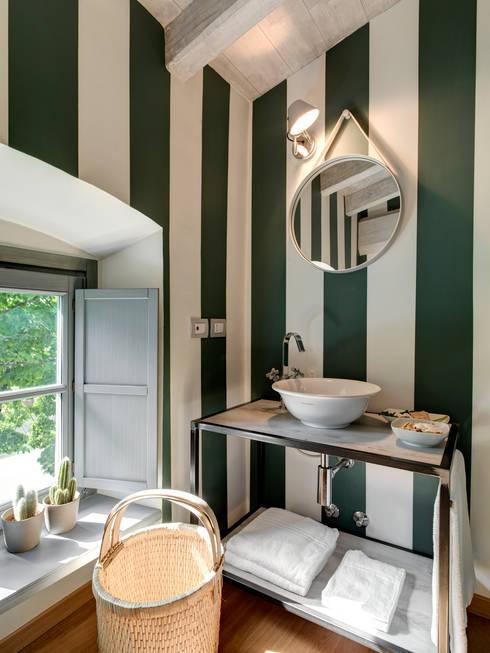 Tout pour une salle de bain fraiche et moderne 10 photos for Salle de bain translation