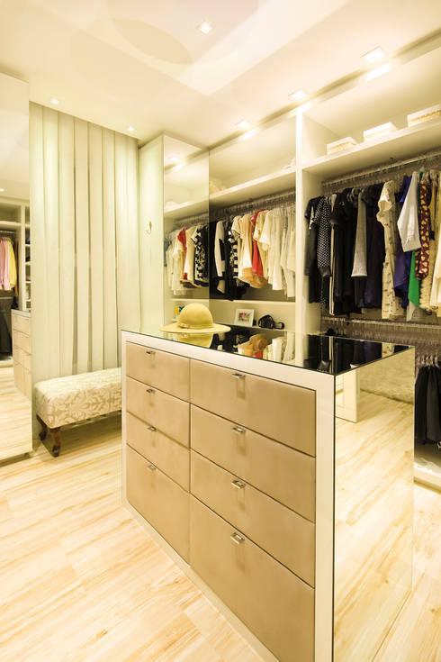 De 9 mooiste kleedkamers voor je op een rijtje for Moderne kleedkamer