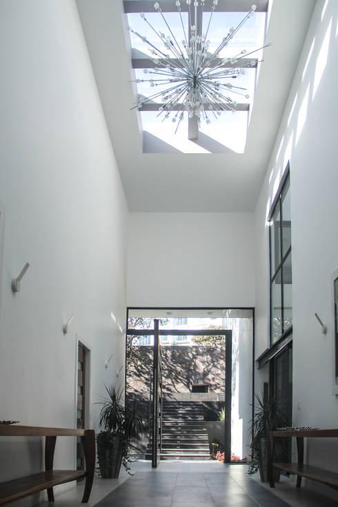 Ventanas para casas modernas 10 dise os fabulosos for Como iluminar una escalera