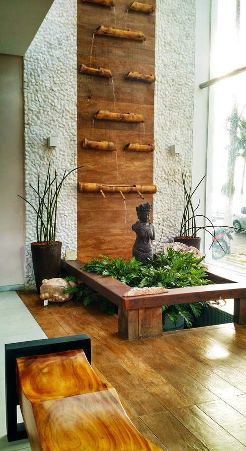7 fuentes y cascadas de interior para casas modernas for Fuentes decorativas de interior