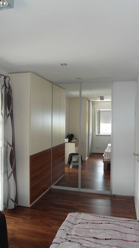 modern Dressing room by Müller Wohnart