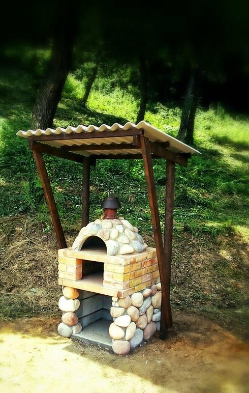 17 asadores que caben perfectamente en patios peque os for Jardines pequenos con ladrillos