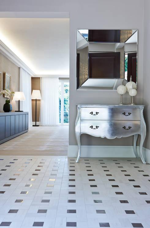 8 ideas de pisos para recibidores y pasillos modernos - Fotos de recibidores de pisos ...