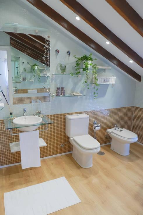 Consejos para eliminar la humedad y el moho de los cuartos - Limpiar azulejos bano moho ...