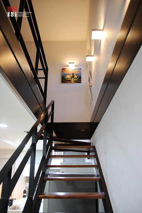 wohnen im containerhaus. Black Bedroom Furniture Sets. Home Design Ideas