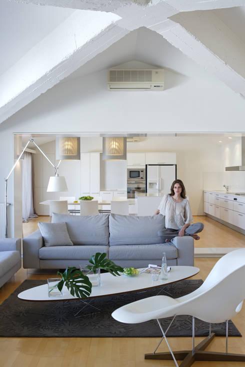 Awesome Futuristisch Anmutende Designer Wohnung Bozhinovski ...