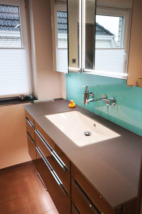 abfluss reinigen 6 hilfreiche tipps und hausmittel. Black Bedroom Furniture Sets. Home Design Ideas