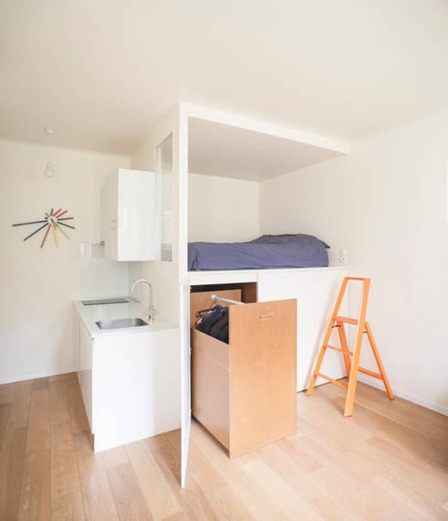 Vestidores y closets de estilo moderno por Olivier Olindo Architecte