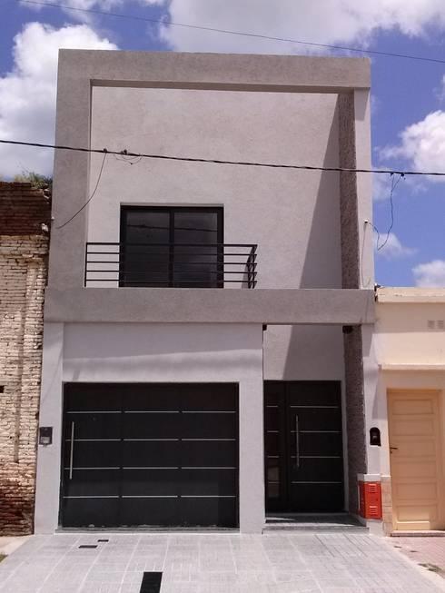Patricio Galland Arquitectura : modern tarz Evler