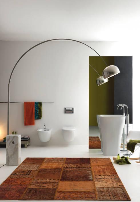 Accessorizing your bathroom the right way Accessorizing a small bathroom