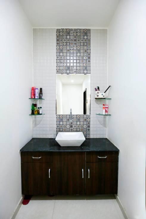 Baños de estilo translation missing: mx.style.baños.moderno por ZEAL Arch Designs