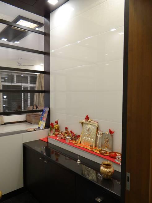Pooja Room: modern Corridor, hallway & stairs by Hasta architects