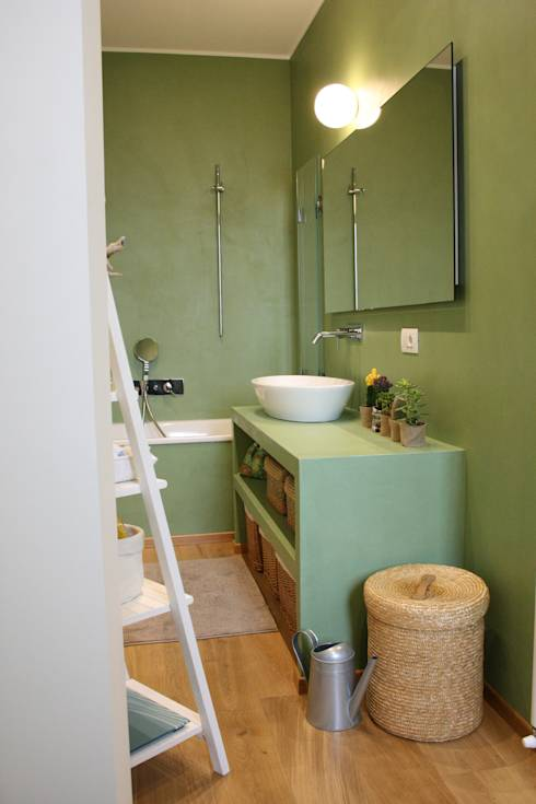 casa dei colori: Bagno in stile in stile Eclettico di studio ferlazzo natoli