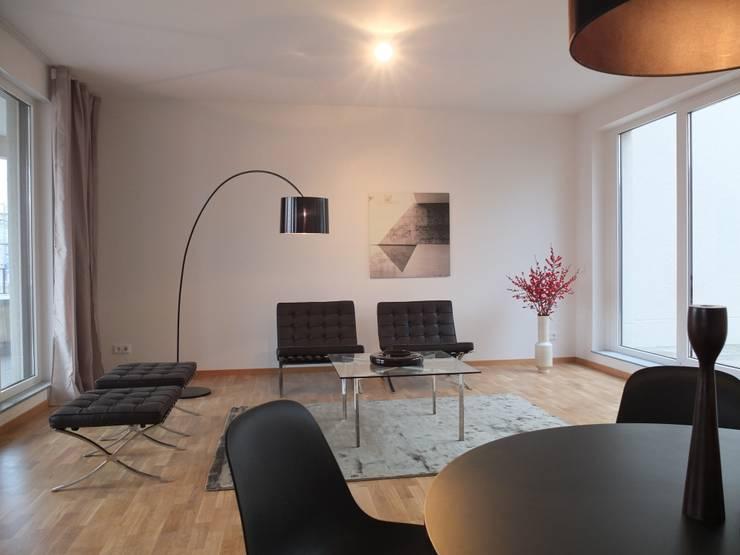 home staging professionelles aufm beln. Black Bedroom Furniture Sets. Home Design Ideas