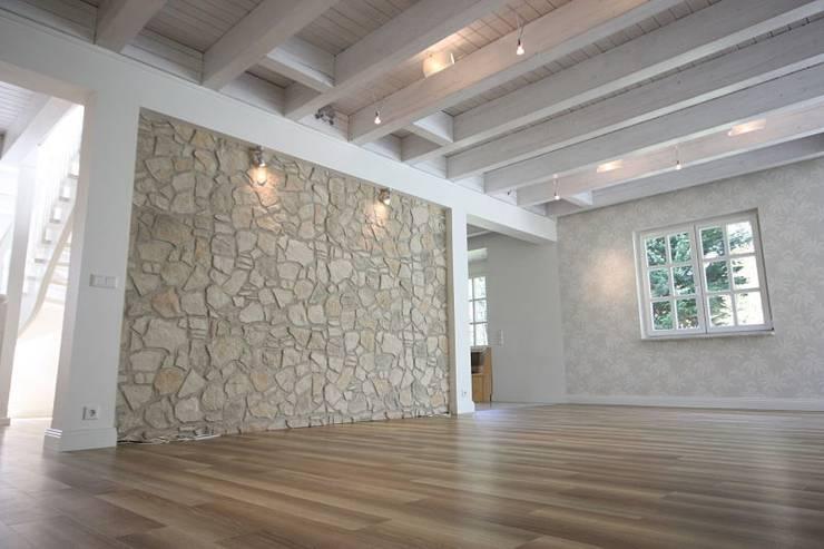 Holzbalken von rustikal bis modern for Fachwerkhaus modern einrichten