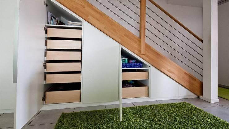 Living room by Held Schreinerei