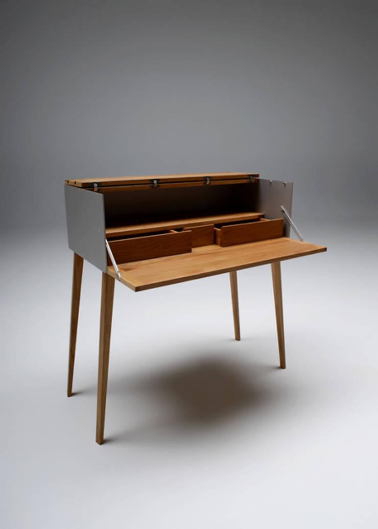 rd 04 sekret r von rohstoff design homify. Black Bedroom Furniture Sets. Home Design Ideas